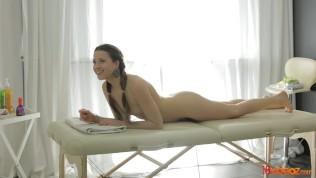 18videoz – Taissia Shanti – Massage and Golden Gate fuck HD Porn Video