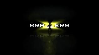 Brazzers – Big Tits at School – (Britney Amber, Xander Corvus) – Titty Film
