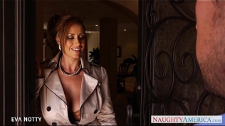 Sexy Milf Eva Notty suck and jump cock