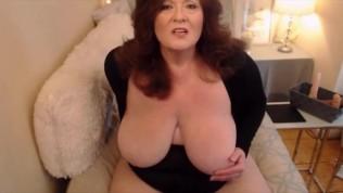 4 I'm beautiful huge breasted grandma fucks creamy vagina.mp4