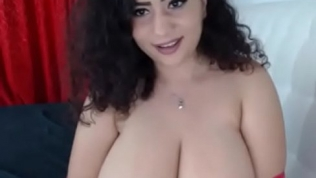 Hot girl got amazing big tits