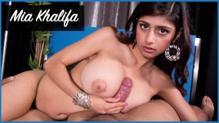 BANGBROS – Mia Khalifa Looks Stunning As She Gets Her Arab Pussy Stretched By Carlo Carrera HD Porn Video