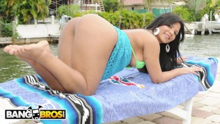 BANGBROS – The Way Rose Monroe Moves That ASS Will Hypnotize You HD Porn Video