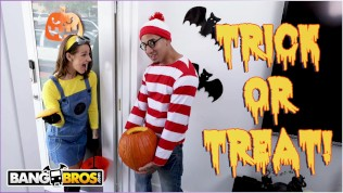 BANGBROS – Trick Or Treat, Smell Evelin Stone's Feet. (I Bet You Would!) HD Porn Video