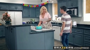 Brazzers – Mommy Got Boobs –  My Friends Fucked My Mom scene starring Ryan Conner, Jordi El Ni&ntild HD Porn Video