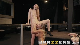 Brazzers – Alex and Cali play with a new strap on HD Porn Video