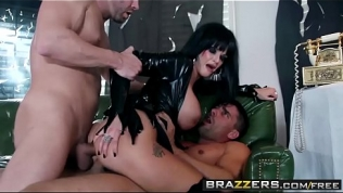 Brazzers – Mommy Got Boobs – (Toni Ribas) – Hellvira Mistress Of The Fuck