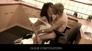 Crusty oldman fucks with his lady doctor