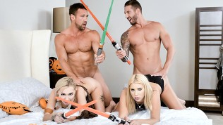 DaughterSwap – Fucking Each Others Pussies With Light Sabers