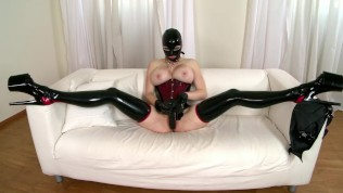 Dildo-Riding All The Way – DDF Productions