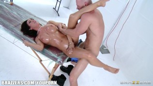 Dripping oil on a fat ass is one of life's finer pleasures HD Porn Video