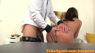 FakeAgent Fitness chick fucks for work in casting