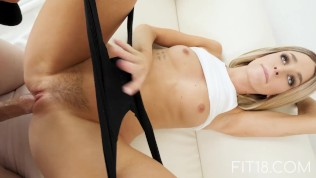 FIT18 – Emma – 47kg – Casting Skinny Canadian Blonde – 60FPS HD Porn Video