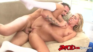 Jaelyn Fox Gets Her Pussy Fucked and Creampied Free Porn Video