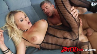 Laura Crystal Crotchless Creampie Free Porn Video