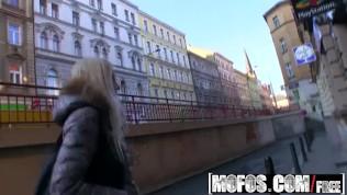 Mofos – Public Pick Ups – Beautiful Blonde Babe Hunting, Karol Lilien