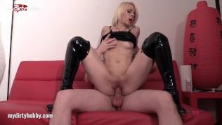 My Dirty Hobby – Ashlee-cox leckt Kathi's Muschi