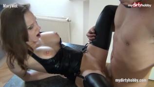 My Dirty Hobby – MaryWet 3er mit der Freundin