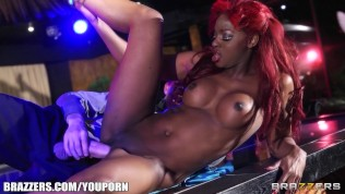 Perky ebony stripper gets fucked hard in the ass on stage HD Porn Video