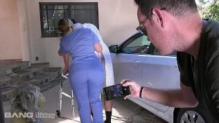 Trickery – PAWG AJ Applegate has sex on the job
