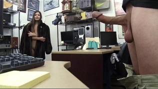 XXX PAWN – Zaya Cassidy Needs Some Money Real Quick So She Visits A Pawn Shop Free Porn Video