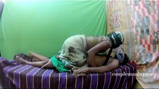 Aunty sex in a saree Free Porn Video