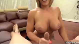 ct-Horny sexbomb POV blowjob