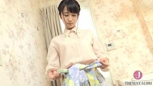 マン筋くっきり美尻お姉さんが下着のままお風呂にチャプん [buna-001]